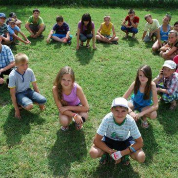 Эксперты обсудили будущее детского отдыха в России