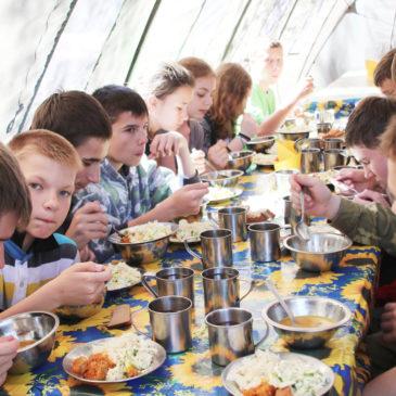 Отравленный отдых: Елена Бабичева — о массовых инфекциях в детских летних лагерях
